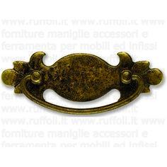 Maniglia per mobili antichi in ottone anticato