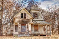 Abandoned 1914 Sears & Roebuck catalog house in Nebraska. Later used as practice fire house for a fire department training exercise. Abandoned Farm Houses, Old Abandoned Buildings, Abandoned Property, Old Farm Houses, Abandoned Castles, Abandoned Mansions, Old Buildings, Abandoned Places, Beautiful Ruins