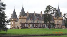Château de Villemolin  est situé sur la commune d'Anthien (canton de Corbigny)