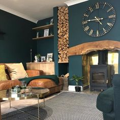 in fireplace wall colour with leather Cosy Living Room, Living Room Colors, Dark Living Rooms, Living Room Green, Snug Room, Home Living Room, Log Burner Living Room, Dark Green Living Room, Cottage Living Rooms