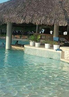 Swim up pool bar at Gran Ventana Beach Resort, Puerto Plata, Dominican Republic...