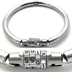 Combination lock collar.  1.2cm heavy steel. In two sizes: female: inner diameter 12cm (up to 37cm neck size) male: inner diameter 16cm (up to 50cm neck size)  €44.95