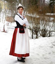 Folk Costume, Costumes, Waist Skirt, High Waisted Skirt, Folklore, Traditional, Female, Skirts, Beauty