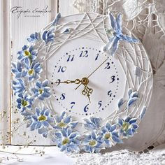 Inspiration - think easy to make Clock Painting, Clock Art, Diy Clock, Sculpture Painting, Wall Sculptures, Clocks, Clay Crafts, Diy And Crafts, Arts And Crafts