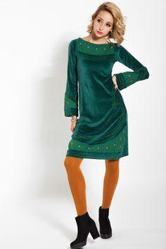 Rochie verde de catifea cu broderie #velvet #dress #velvetseduction #rochien #catifea #velvetdress #rochiecatifea #xxl #marimimari #timprece #iarna Serenity, High Neck Dress, Tunic Tops, Casual, Clothing, Dresses, Women, Fashion, Green