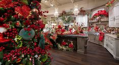2019 Christmas Open House at Linly Designs- Linly Designs Christmas Open House, Christmas Kitchen, Christmas Is Coming, Christmas Design, Nutcracker Christmas Decorations, Christmas Wreaths, Luxury Holidays, Holiday Decor, Mark Roberts