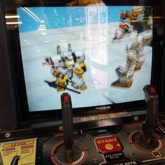 8bitcentral: Virtual On #arcade http://razorsharpmethodical.tumblr.com/post/175828616659