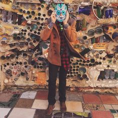 How cool is this mask I made at @phillymagicgardens?! Can't wait to visit this place again. #magicgardens #pmg #southstreet #thingstodoinphilly #art #diy #teztrends