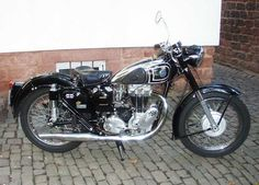 AJS/Matchless: CBBC - Classic British Bike Club