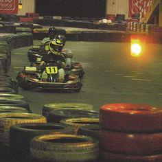3/6 – Kart: Zum Sport gehören auch mal Motoren, Geschwindigkeit und Spaß am Fahren, die wir zusammenerleben!
