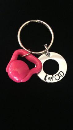 Crossfit kettlebell keychain by Getstampedjewelry on Etsy, $12.00