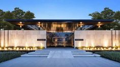 🔔 58 various unique entrance design designs of 54 Villa Design, Gate Design, Facade Design, Exterior Design, Entrance Design, Entrance Gates, Chinese Architecture, Tropical Architecture, Building Facade
