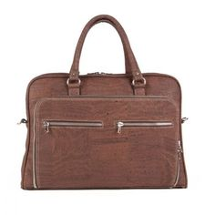 Elegant #Business #Bag made of #cork #leather, suitable for any #laptop up to 15'' | 100% #sustainable & #vegan | CHF 184.00 | free delivery & return within Switzerland