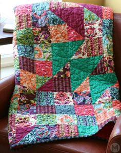 Learn how to make this beautiful quilt with this tutorial. www.melaniekham.com