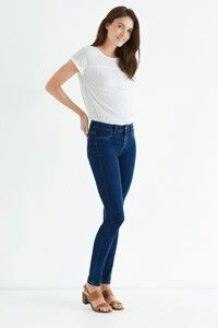 Jade is our stretch skinny and is perfect for the girl who would only ever wear her jeans skinny. Oasis Uk, Dark Blue Skinny Jeans, Classic Style, Denim, Fitness, Fabric, Pants, Women, Fashion