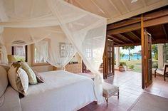 breazy beach bedroom design - Decoist