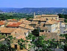 Les Plus Beaux Villages de France Saint-Julien de Peyrolas