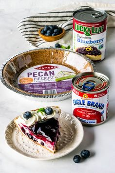 Happy Pi Day bakers! 🤓  We're bringing back one of our favorite no-bake pies from our collab with @diamondnuts , @lucky_leaf_fruit_filling , and the talented @piesandtacos💙  Tolle Desserts, Köstliche Desserts, Delicious Desserts, Dessert Recipes, Yummy Food, Health Desserts, Health Foods, Bake Blueberry Cheesecake Recipe, Blueberry Desserts