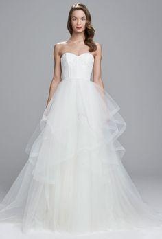 Nouvelle by Amsale Spring 2017   https://www.theknot.com/content/nouvelle-amsale-wedding-dresses-bridal-fashion-week-spring-2017