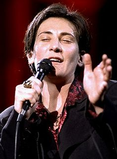 k d lang - voice of an angel. Just crazy talented. If you ever get the opportunity to see her live...TAKE IT. Unforgettable.