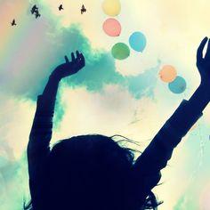 5 Manieren om je vrijer te voelen - We willen allemaal meer vrijheid. Minder gedoe, minder problemen, minder gezeur. Met deze vijf tips vergroot je je vrijheid stap voor stap. Tijd om jezelf los te worstelen! Bekijk de tips: https://sochicken.nl/vrij-voelen
