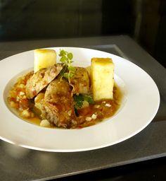 κοκκινιστός κόκορας μπαρδουνιώτικος Thai Red Curry, Chicken Recipes, Meat, Ethnic Recipes, Food, Recipes With Chicken, Meals