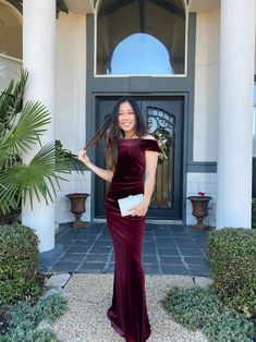 Made of supple stretch velvet and finished with skinny, cross-back straps, this V-neck slip dress plays it cool. New Years Eve Dresses, Im So Fancy, Holiday Party Dresses, Davids Bridal, Back Strap, Sheath Dress, Girl Fashion, Classy, Velvet