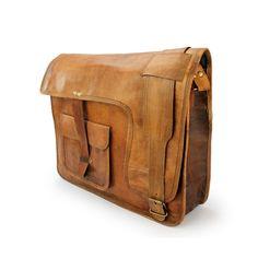 Leder Umhängetasche in Handarbeit gefertigt + gratis Lederpflege BALLISTOL - 36cmx 30cm x 10cm mit Riemenverschluss