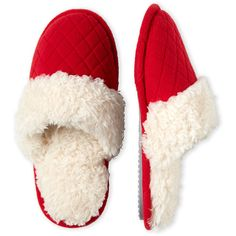 Dearfoams Quilted Faux Fur Trim Slippers (33 BRL) ❤ liked on Polyvore featuring shoes, slippers and red