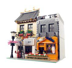 Japanese Restaurant & Board Shop - Modular Building: A LEGO® creation by Brian Lyles Lego Modular, Lego Design, Lego Creator, Casa Lego, Modele Lego, Lego Furniture, Lego Boards, Lego Room, Cool Lego Creations