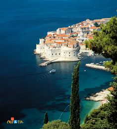 Holidays near the beach in Croatia. Holidays in apartments, hotels and lighthouses on the beach in Croatia. Yachts for charter in Croatia and Adriatic sea. Oh The Places You'll Go, Places To Visit, Croatian Coast, Thousand Islands, Adriatic Sea, European Travel, Dubrovnik Croatia, Travel Inspiration, Scenery