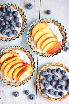 Hafer-Joghurt Tartes / Oat and yoghurt tartlets