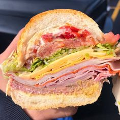 loaded sub sandwich(source) loaded sub sandwich (source) everybody loves to eat April 21 2019 at Think Food, I Love Food, Good Food, Yummy Food, Food Goals, Recipes From Heaven, Food Diary, Aesthetic Food, Food Cravings