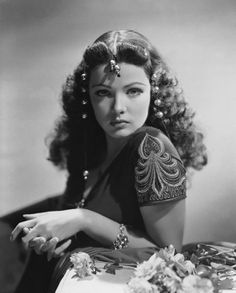 A favorite of my dads... Gene Tierney.