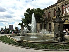 Visiting the Castillo de Chapultepec in Mexico City | Becky Boricua