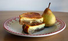 Cheesecake aux poires caramélisées #recette  http://www.modesettravaux.fr/cheesecake-aux-poires-caramelisees/