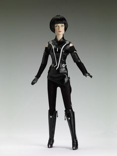 QUORRA   Tonner Doll Company, I wish I could afford to add this to my collection!