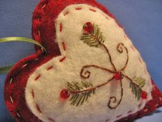 MissesKWittys - Pine-n-Berries Heart Embroidered Ornaments Felt Christmas Decorations, Felt Christmas Ornaments, Diy Ornaments, Beaded Ornaments, Christmas Centerpieces, Christmas Sewing, Handmade Christmas, Diy Christmas, Country Christmas