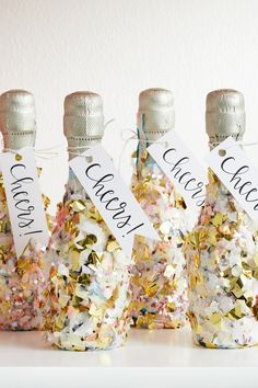 We love a good New Years Eve party. These insanely cute New Years Eve party favors are the perfect gift to send your New Years Eve party guests home in style. #diynewyearfavors #diypartyfavors #newyearseveparty #hostessideas #bhg