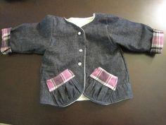 Jacket with gathered pockets - via @Craftsy
