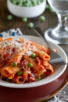 Rigatoni with Sausage, Peas, Tomatoes and Cream - Taste and Tell