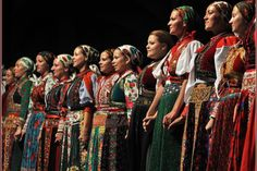 11 amusing Hungarian customs to live your life by ‹ Daily News Hungary Costumes Around The World, Hungarian Embroidery, Folk Dance, Folk Costume, My Heritage, Ethnic Fashion, Costumes For Women, Ukraine, Nice Dresses