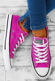 9478c9c3a6f009 Chuck Taylor Converse All Star Fuchsia Trainers - UK 3
