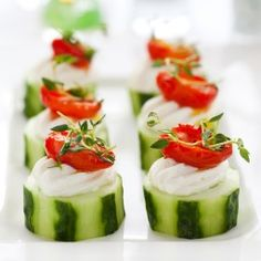 Cucumber Cream Cheese Tomato Bites Appetizer Recipe Amazing and easy appetizer Cucumber cream cheese tomato bites Recipe via Kara s Party Ideas Finger Food Appetizers, Finger Foods, Appetizer Recipes, Cucumber Appetizers, Tomato Appetizers, Easy Appetizers For Party, Easy Christmas Appetizers, Baby Shower Appetizers, Antipasto