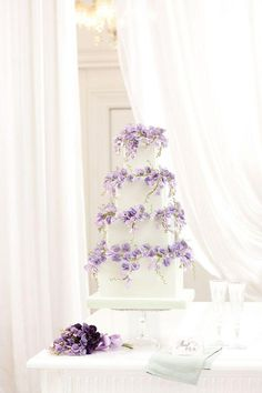 Beautiful #lilac #wedding #cake Embedded image permalink