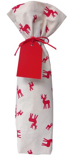 CHRISTMAS IN #HTFSTYLE - Little reindeer bottle bag - they'll never guess what's in here!