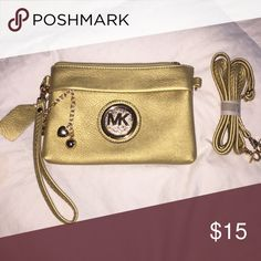 Gold MK Satchel Beautiful Gold MK Satchel! Knock off , comes with extra long straps, can be held as small purse or it can go around the shoulder, very cute !! Michael Kors Bags Satchels