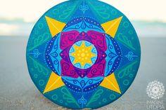 Mandala cigana em feixes de Luz! Harmonizo a força da mudança com Alegria e Leveza.. Emano Calma, tranquilidade e auto-conhecimento.. Imagine Utopia.