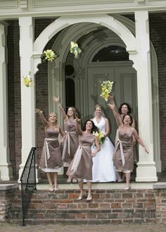 Bridesmaids - Wedding Photography    Photo by Ken Robinson  2012 All rights reserved.