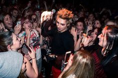 Palaye Royale, Love People, Rock Bands, Emo, Crowd, Gentleman, Handsome, Singer, Concert